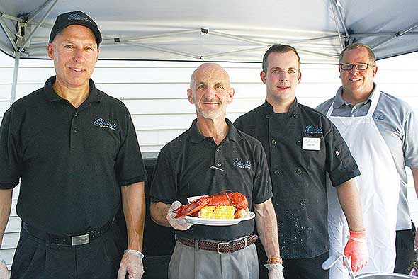 Photo of Glendale's assisted living food service management team.