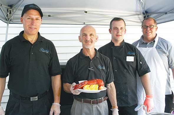 Photo of senior lliving food dining management.
