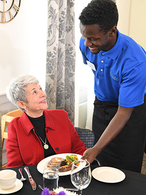 Senior Dining For Assisted Living